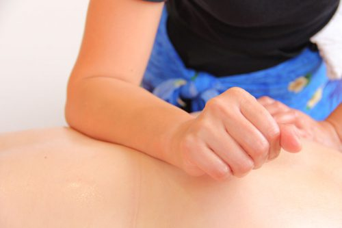 ロミロミを学ぶ【ロミロミの理学療法としての効果に関する公式な報告(ハワイ州)】